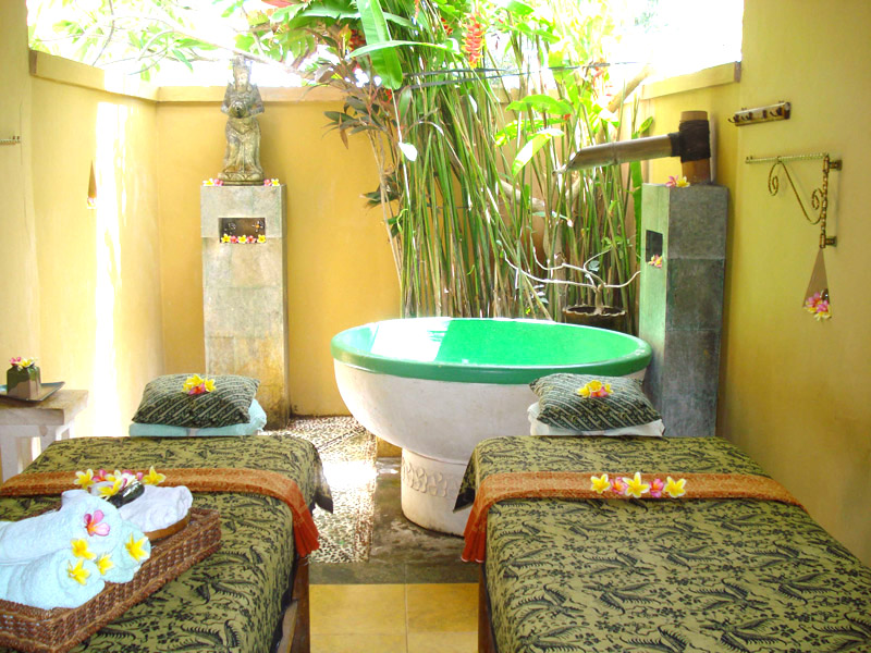 Couple spa room