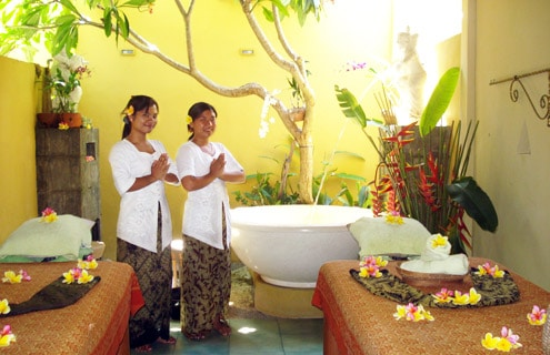 Spa therapists at Sekar Jagat Spa Bali