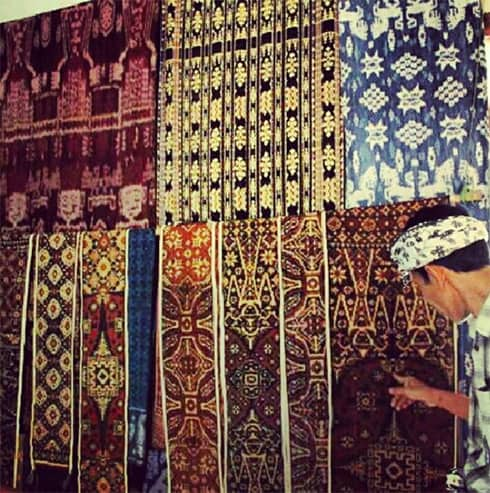 "Creating ""Gringsing"", Double Ikat in Bali"